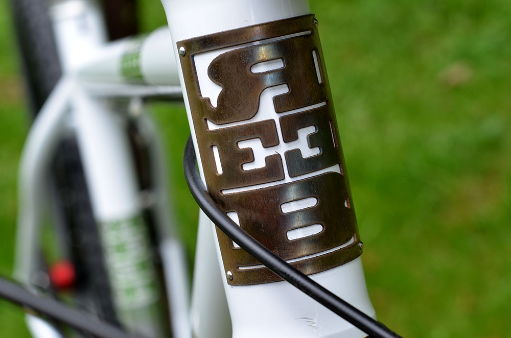 That is one sexy head badge on the Reeb Dikyelous
