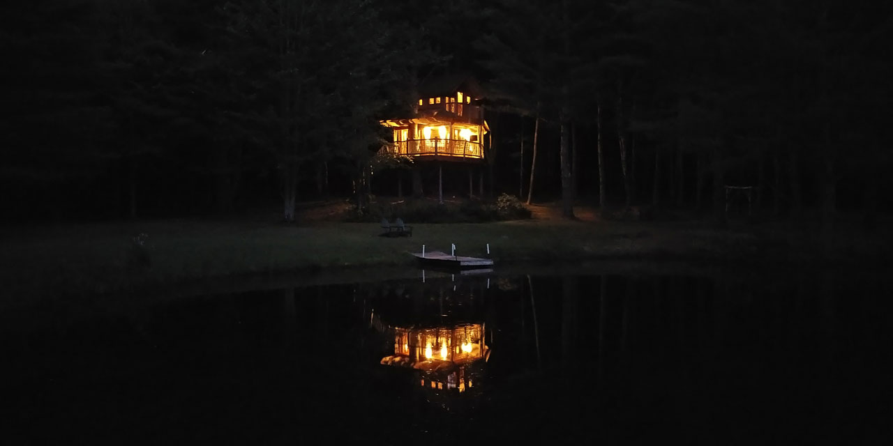 Moose Meadow Lodge & Treehouse | Vermont Treehouse