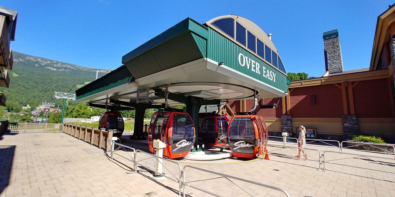 Stowe Mountain Lodge Gondola