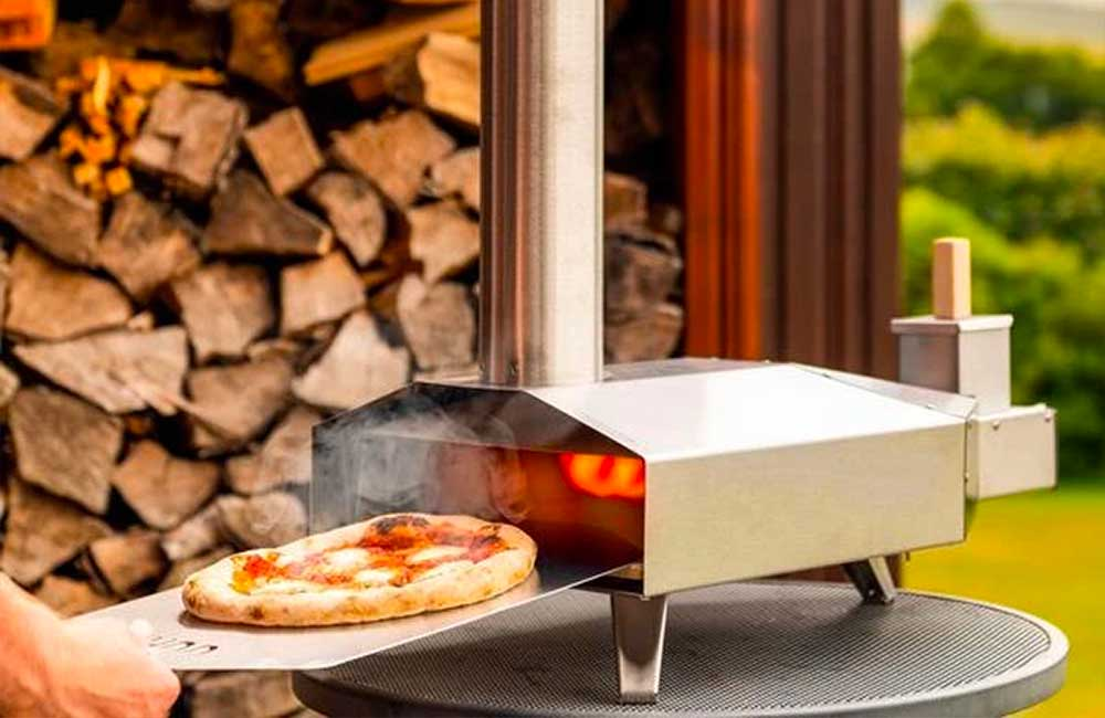 Ooni 3 Portable Wood-fired Outdoor Pizza Ovens