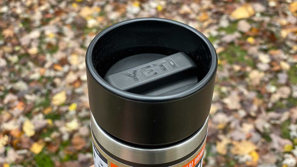 YETI Rambler 12oz with Hotshot Cap