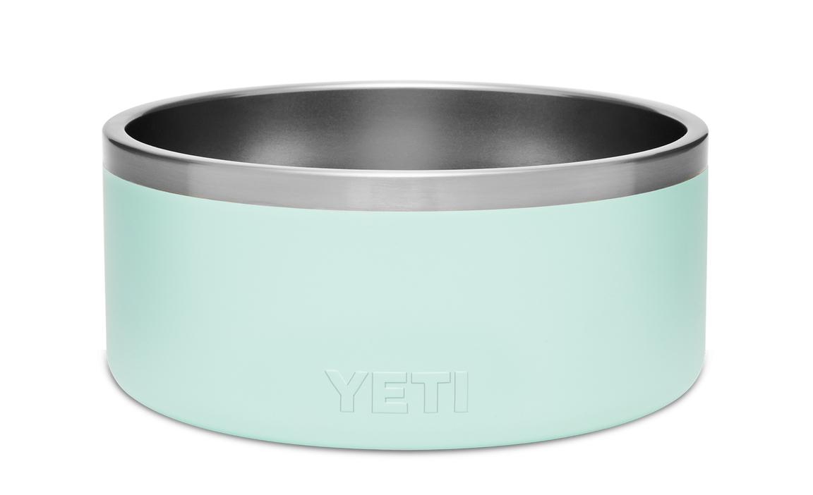 YETI Boomer with YETI Logo
